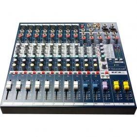 Soundcraft EFX8 8-channel Compact Mixer